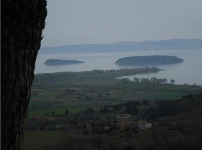 Veduta del lago Trasimeno e delle isole
